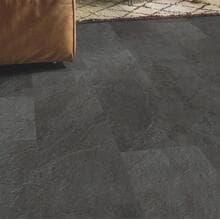 Кварц-виниловая плитка QuickStep Сланец  чёрный Ambient Click AMCL40035
