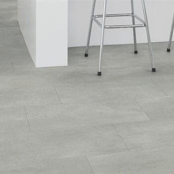 Кварц-виниловая плитка QuickStep Бетон тёплый серый Ambient Glue Plus AMGP40050
